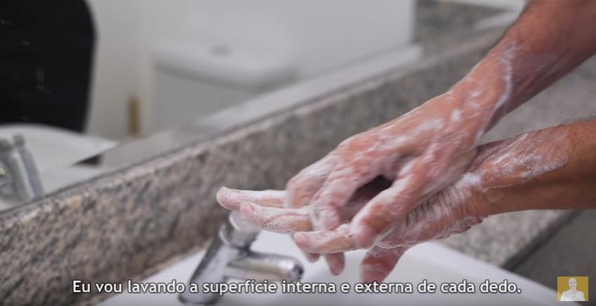 lavar as maos