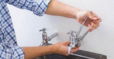 como trocar torneira